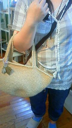 ラリエットとジュートバッグに決定!