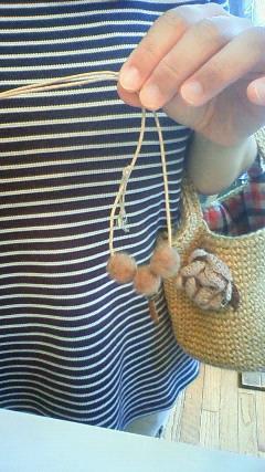 moca mocaさんの羊毛ネックレスを