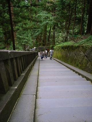目指す叶杉までは階段200<br />  段!